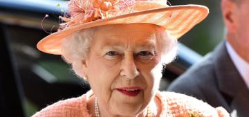 Queen Elizabeth celebrates her 88th birthday by smizing in a new portrait