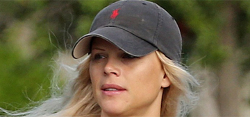 Tiger Woods' ex Elin befriended Lindsey Vonn, went on vacation with her and Tiger