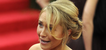 Hayden Panettiere pulled a J.Law and fell on the stairs at the Met Gala