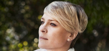 Robin Wright feels pressure to 'lift that face, pump those lips & hike those boobs'