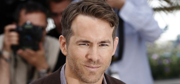 Ryan Reynolds looks thin at 'Captive' Cannes photocall: would you hit it?