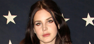 Lana del Rey's secondary market ticket prices are 2nd only to Beyonce