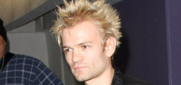 Deryck Whibley looks frail in new photo & thank you message to fans