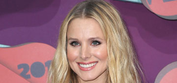 Kristen Bell in Zuhair Murad and lots of black at the CMTs: lovely or boring?