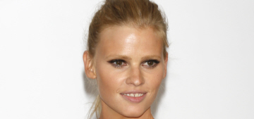 Lara Stone was fired from a modeling job for being less than 3 months pregnant