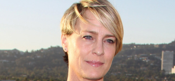 Robin Wright: 'I'm trying to do the Paleo Diet. No carbs, I've got to get thin'