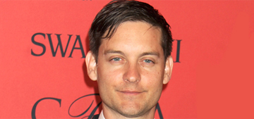 Tobey Maguire told poker hostess to 'bark like a seal' to earn a tip