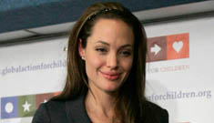 Angelina Jolie has anorexia, National Enquirer claims