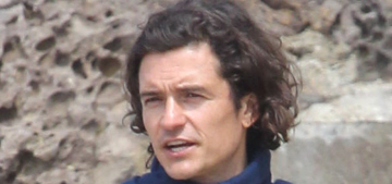 Orlando Bloom goes shirtless, wears lavender Free City sweats: would you hit it?