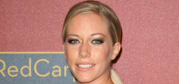 Kendra Wilkinson punched walls, flushed ring when she learned of Hank's affair