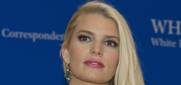 Jessica Simpson flubbed her wedding vows, because of course she did