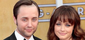 Alexis Bledel & Vincent Kartheiser had an undercover wedding 2 months ago