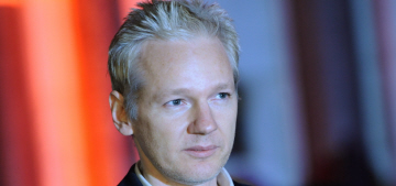 Julian Assange decides to leave the Ecuadorian embassy for 'health reasons'
