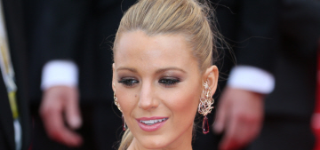 Blake Lively found a way to be twee about getting stung by a swarm of bees