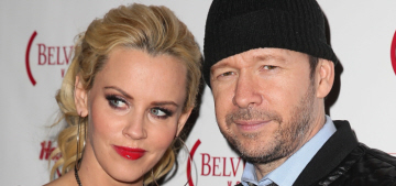 Jenny McCarthy & Donnie Wahlberg got married on Sunday in St. Charles, Illinois