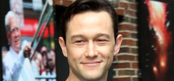 Joseph Gordon-Levitt might play Edward Snowden: great or awful casting?
