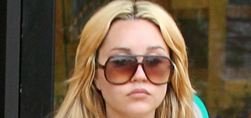 Amanda Bynes believes there's a microchip in her head, reading her mind