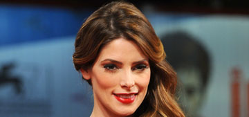 Ashley Greene denies that a crack pipe was found in her apt after a fire