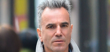 Daniel Day-Lewis got knighted by Prince William today: well-deserved?