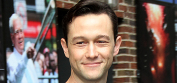 Joseph Gordon Levitt atop the Twin Towers in 'The Walk': scary or awesome?