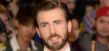 """Chris Evans made a young cancer patient's dream come true"" links"