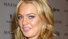 Lindsay Lohan's dad says she's addicted to Oxycontin