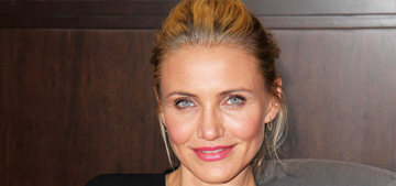 Star: Cameron Diaz didn't drink at her wedding, so she's totally pregnant