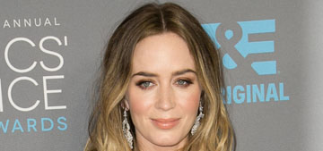Emily Blunt in red Emilio Pucci at the Critics' Choice: striking or boring?