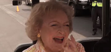 Betty White gets incredible 93rd birthday surprise from flash mob
