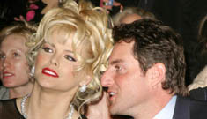 Howard K Stern charged w/ supplying drugs to Anna Nicole Smith