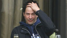 Keanu Reeves gets lunch interrupted four times to pose with fans