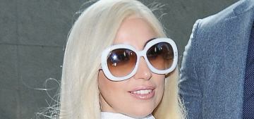 Did Lady Gaga pick out & pay for her heart-shaped engagement ring?