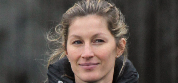 Gisele Bundchen posts wedding dress pic on her sixth anniversary: pretty?