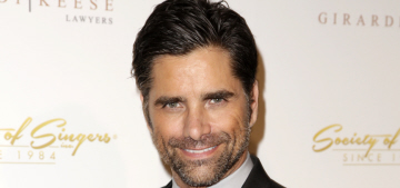 John Stamos would rather give you ten big-Os than receive ten big-Os