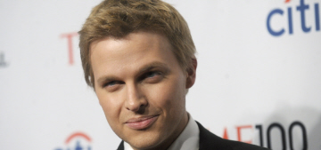 Nancy Sinatra: Ronan Farrow's alleged Sinatra paternity is 'nonsense'