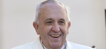 Doctors: Pope Francis has gotten fat, he's being put on a low-carb diet