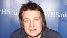 PETA protests chef Jamie Oliver's pro-pork agenda