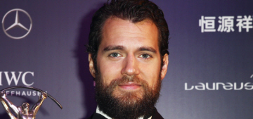 """The 'Batman v. Superman' teaser trailer is boring, like Henry Cavill"" links"