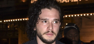 Does Kit Harington believe that Ned Stark is Jon Snow's father? (spoilers)