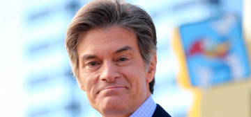 Dr. Oz asked to resign by over 1000 doctors, John Oliver rips him too