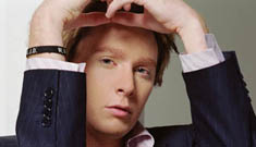 Clay Aiken looked for another partner online