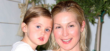 Kelly Rutherford starts White House petition asking Obama to return her kids