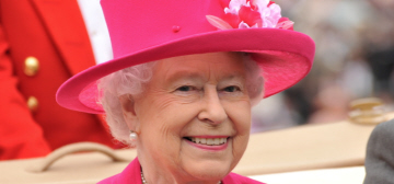 Queen Elizabeth in Peter Enrione & a giant brooch at Royal Ascot: fabulous?