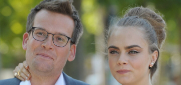 Author John Green defends Cara Delevingne against 'sexist, lazy' questions