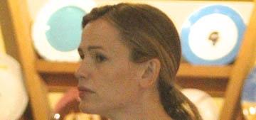 Jennifer Garner took off her wedding ring, faces 'difficult next steps' with Affleck