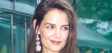 Us: Katie Holmes is 'so in love' & wears disguises to hook up with Jamie Foxx