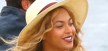 Beyonce & Jay-Z look chilled out, happy on vacation in the South of France