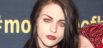Frances Bean Cobain got secretly married & Courtney Love was not invited