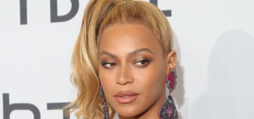 Beyonce to a handsy female assistant on the Tidal red carpet: 'Stop it.'
