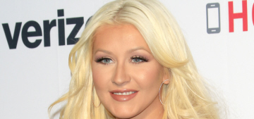 Christina Aguilera looked great at a charity event, her old face is back